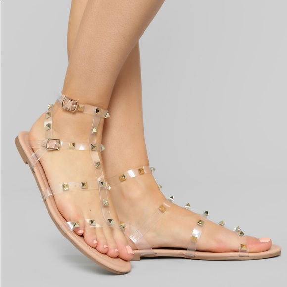 ⭐️3 for 30$⭐️ NWOT FN Studded sandals